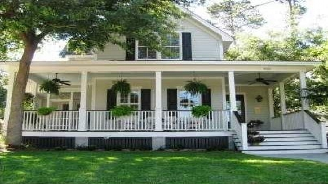 Southern country style homes southern style house with for Southern home and ranch