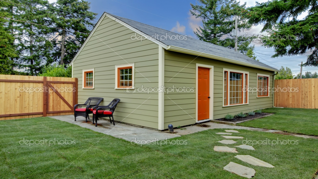Small Backyard Guest House Small Guest House Interiors ...