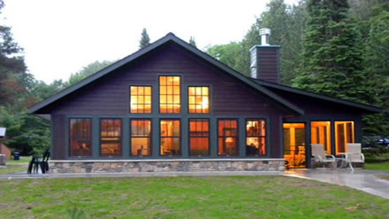 this 1000 square foot handicapped accessible cottage was