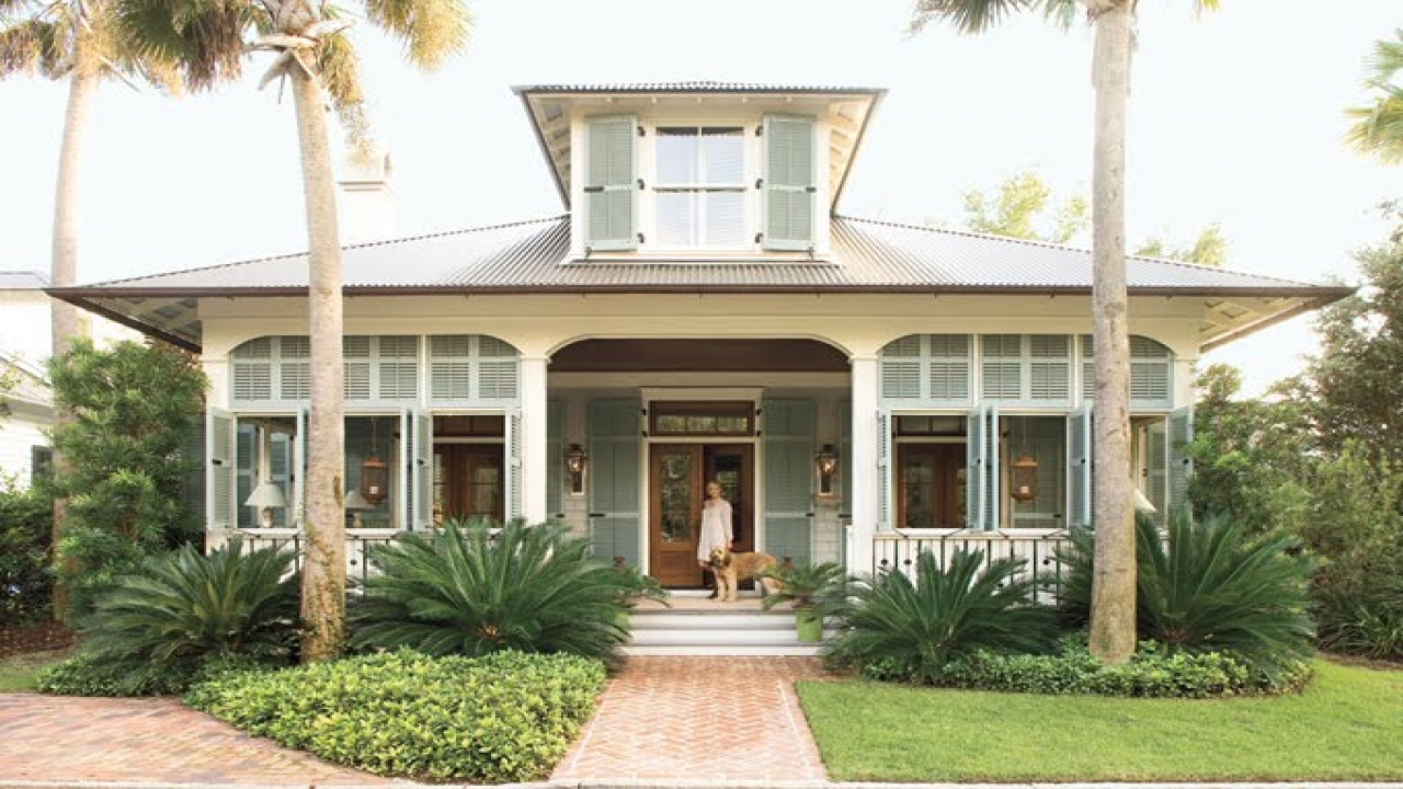 Beach cottage interior design southern beach cottage house for Coastal cottage style homes