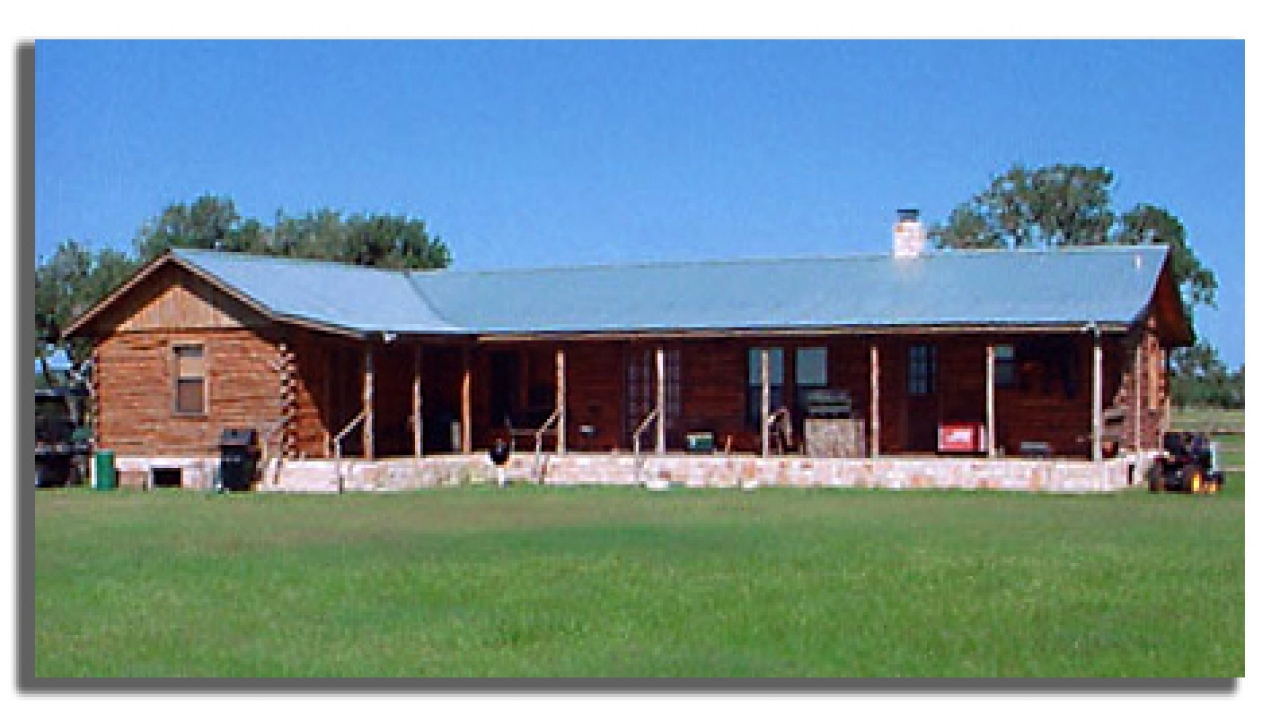 Log cabin home designs house plans texas log cabin home for Log cabin ranch home plans