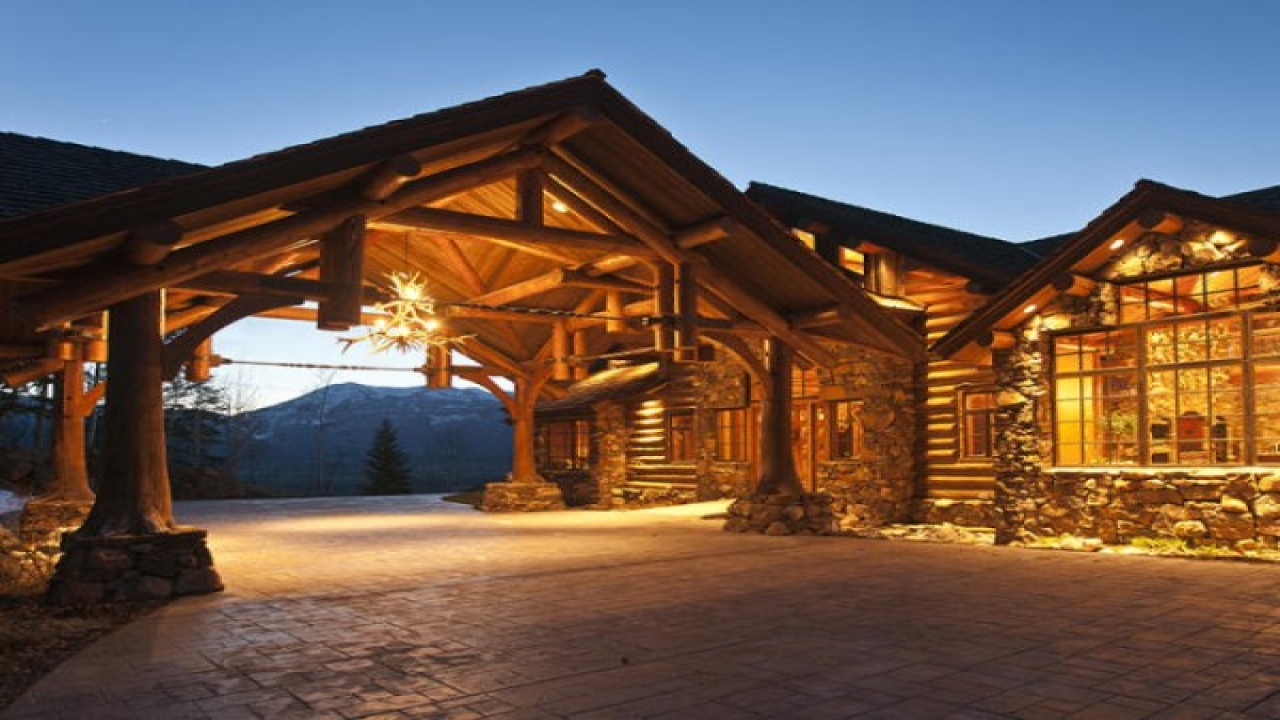 Luxury log cabin home luxury log cabin homes interior log for Luxury timber homes