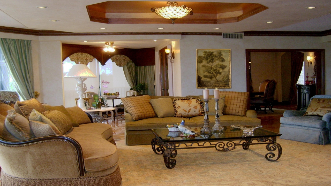 Beautiful mediterranean home interiors mediterranean style for Mediterranean house interior design