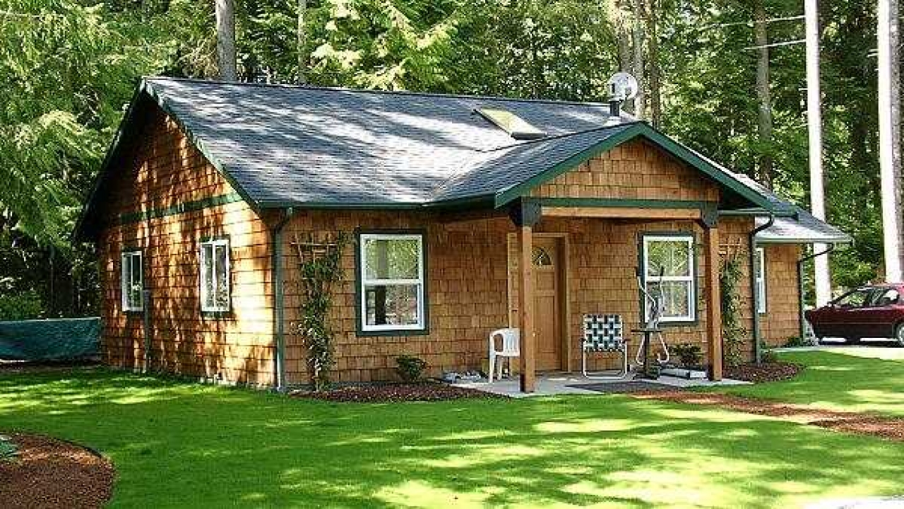 One story cottage house plans one story house plans with for Simple house plans with wrap around porches