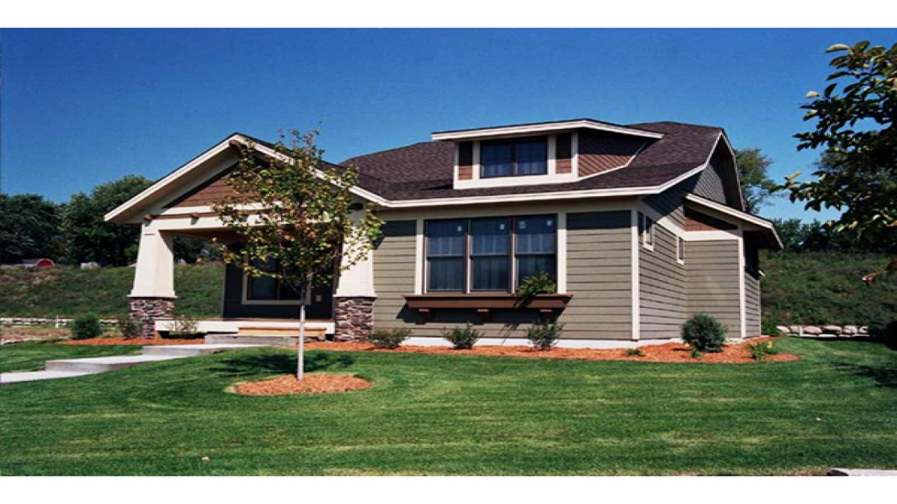 Arts and crafts small house plans easy arts and crafts for Arts and crafts floor plans