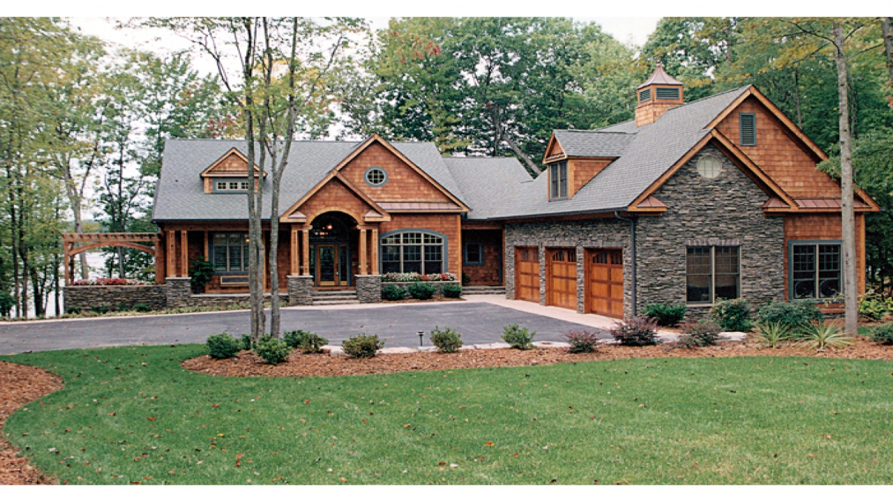 Craftsman house plans lake homes bungalow cottage for Craftsman style houseplans