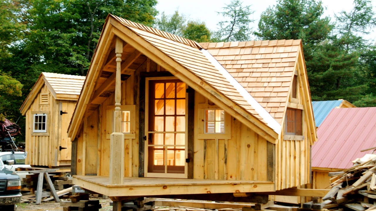 Lowe 39 s tiny houses small cabins tiny houses plans easy for Easy cabin designs