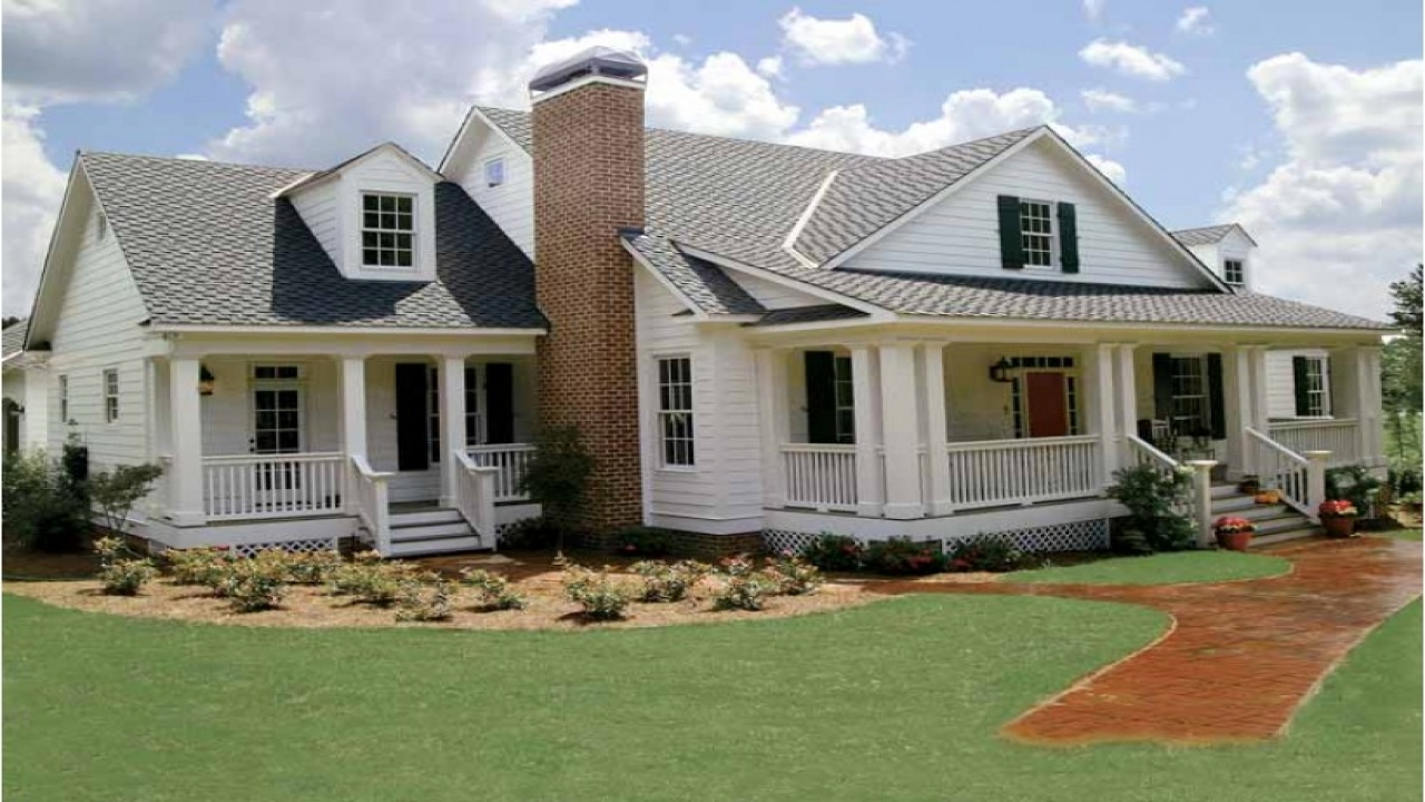 Small cottage house plans southern living southern living for House plans with guest houses southern living