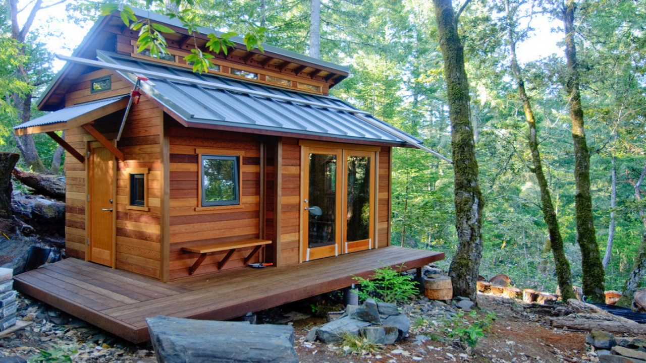 Small cabins tiny houses inside tiny houses vacation for Vacation cabin plans small