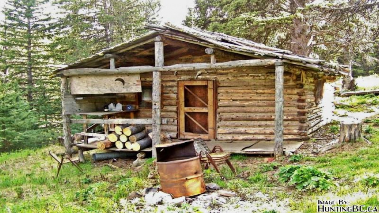 Small Log Cabin Interiors Building Small Hunting Cabin
