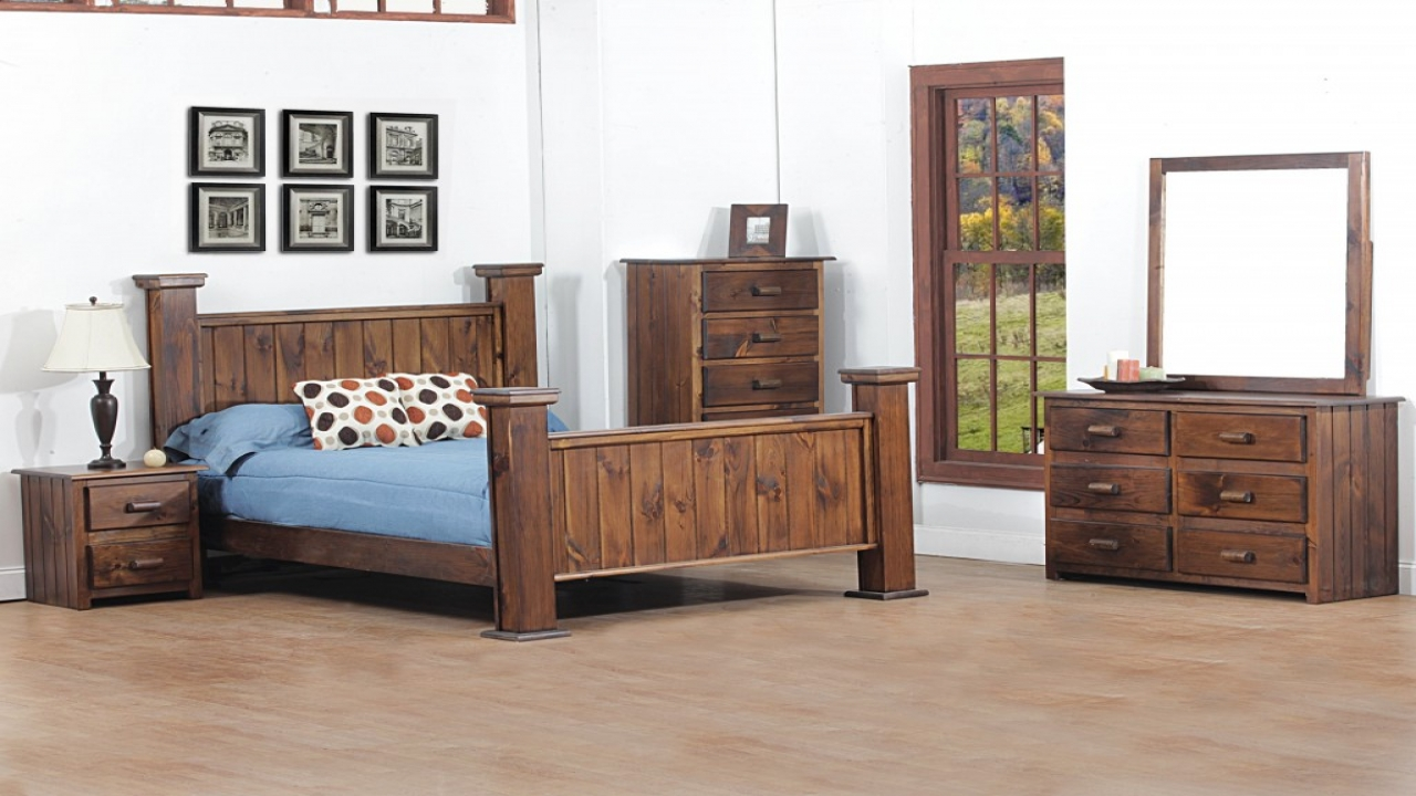 Cottage style bedroom furniture sets cabin style bedroom for Looking bedroom furniture