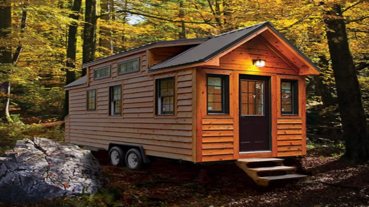 Tiny house on wheels plans big tiny house on wheels for Small cabin living