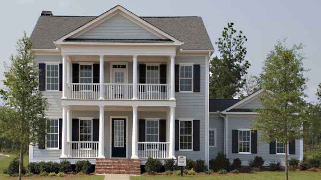 Southern living house plans old southern living house for Classic southern house plans
