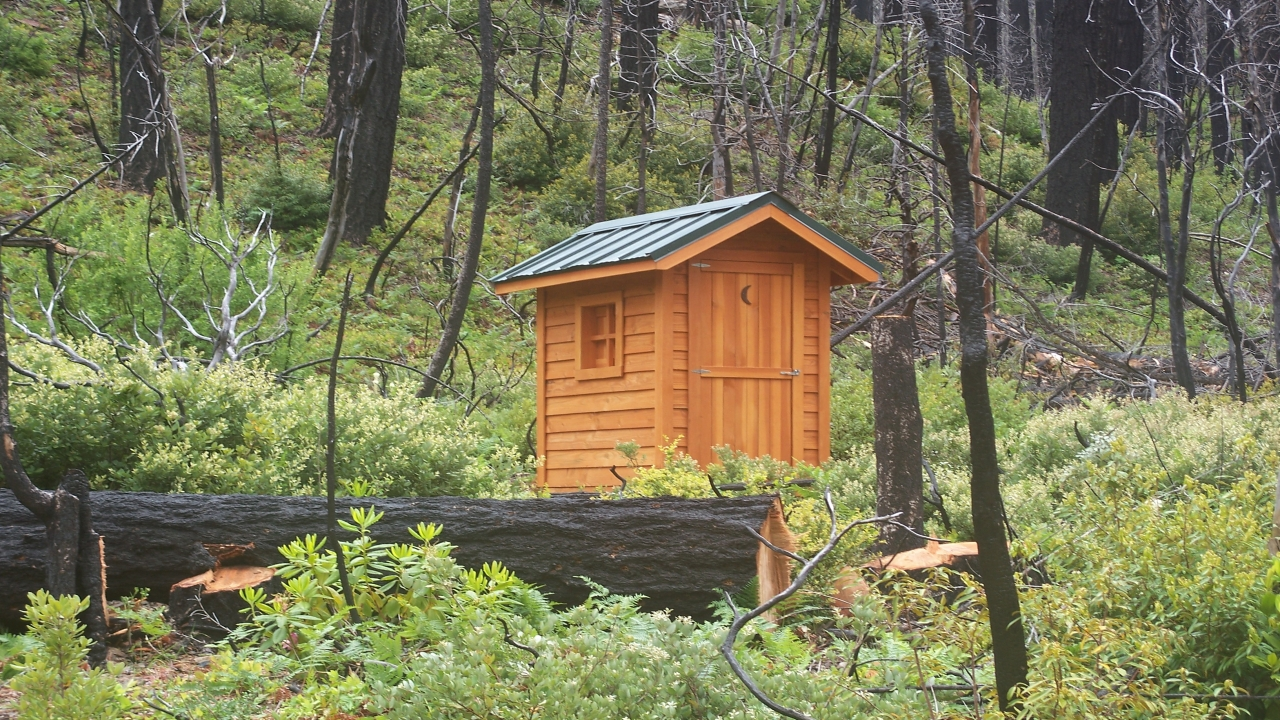 Inexpensive small cabin plans small camping cabin kits for Camping cabin kits