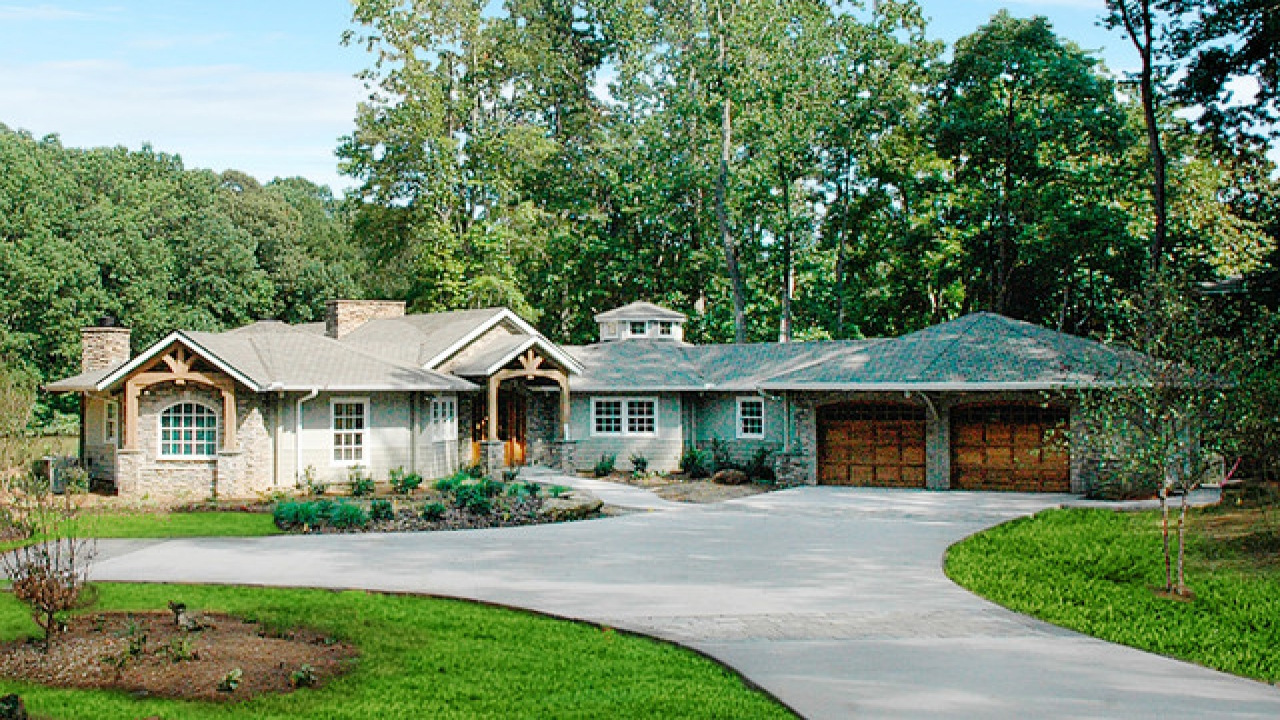 Prefab craftsman style homes craftsman style homes for Craftsman style home builders atlanta