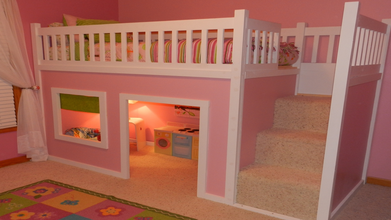 Loft Bed With Playhouse Underneath Girl S Playhouse Loft