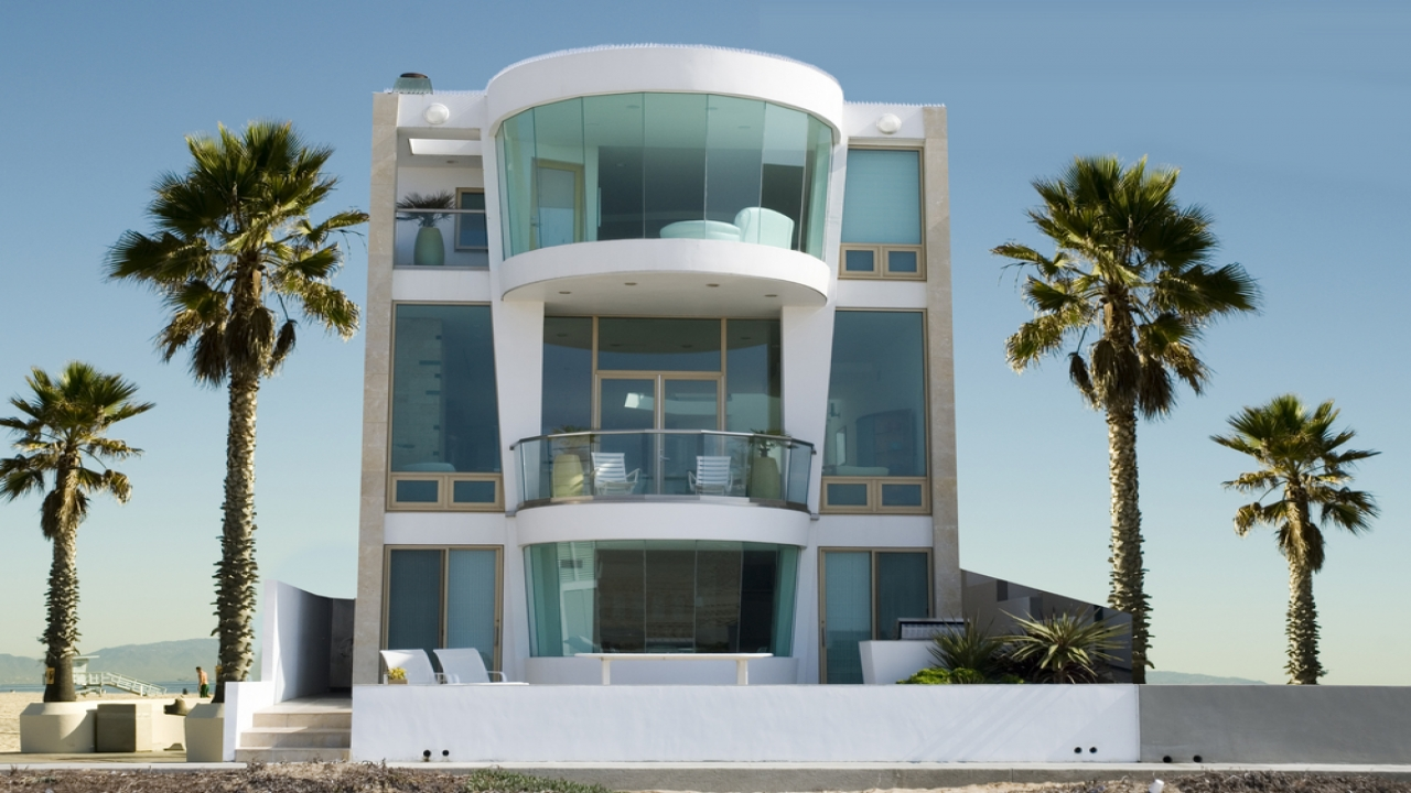 Two story modern house designs modern three story beach for Double storey beach house designs