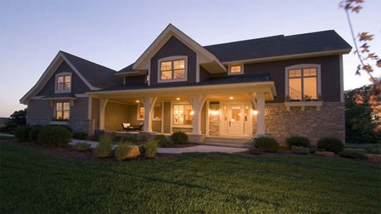Craftsman style house plans with front porch craftsman for Craftsman style flooring