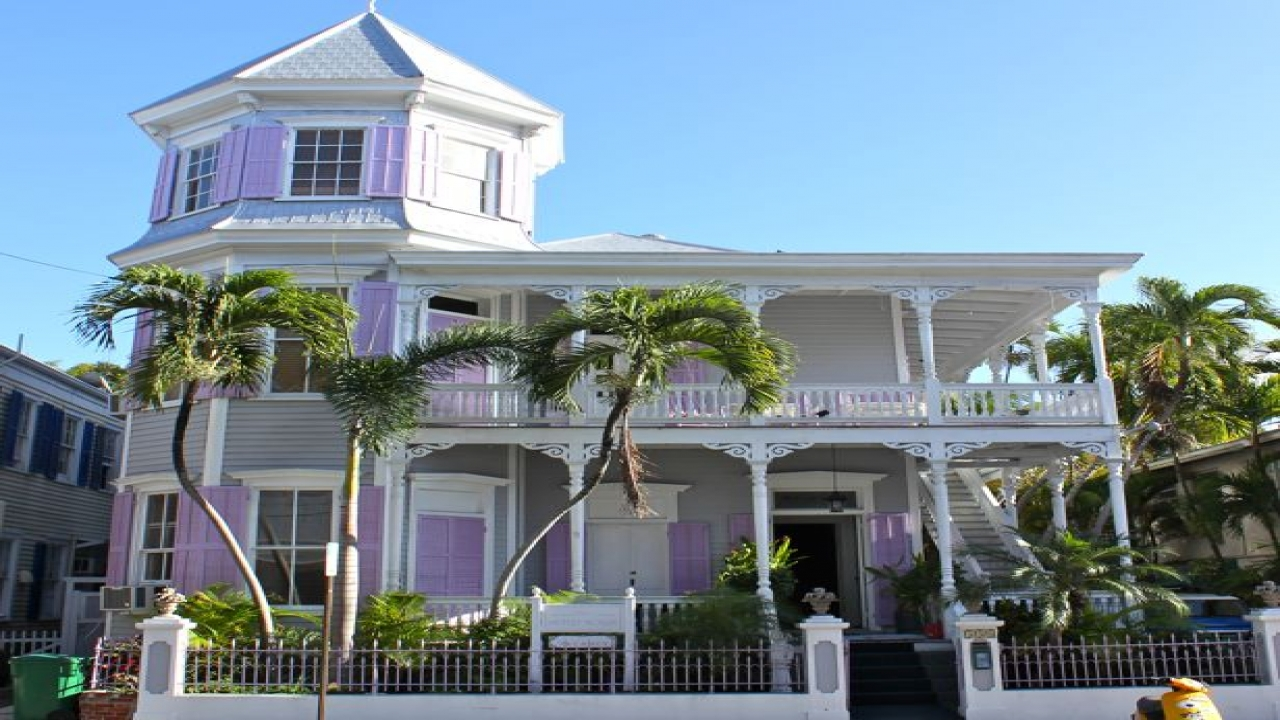 Small style homes key west key west style homes key west for Key west style homes