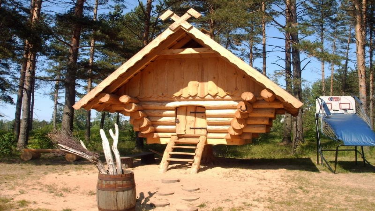 Log cabin dog house plans large log cabin dog house easy for Easy to build small cabins