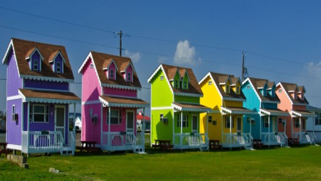 Tiny Glass House Tiny Colorful Houses Of Hatteras The