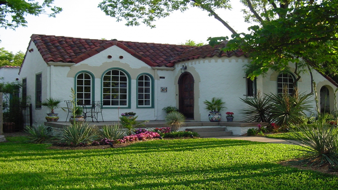 Small spanish style home spanish ranch style homes old for Small spanish style house plans