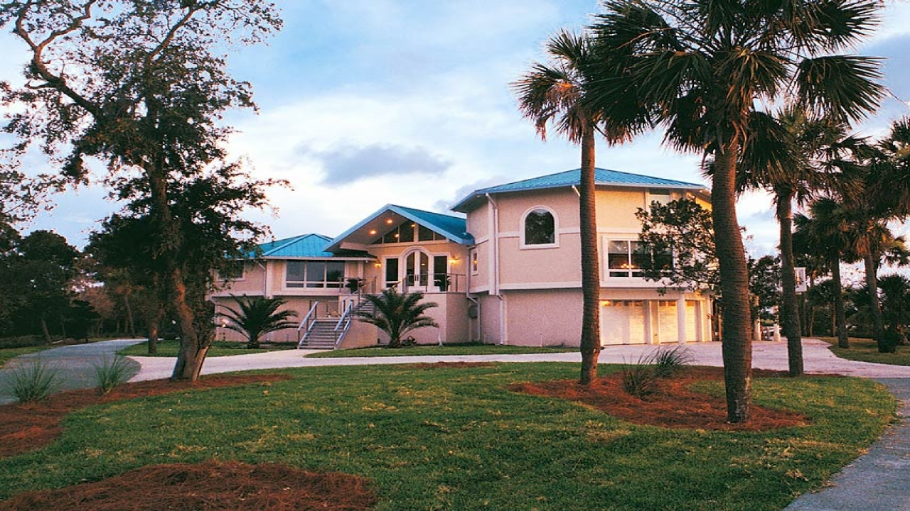Prefab stilt homes florida elevated coastal home design for Stilt home builders