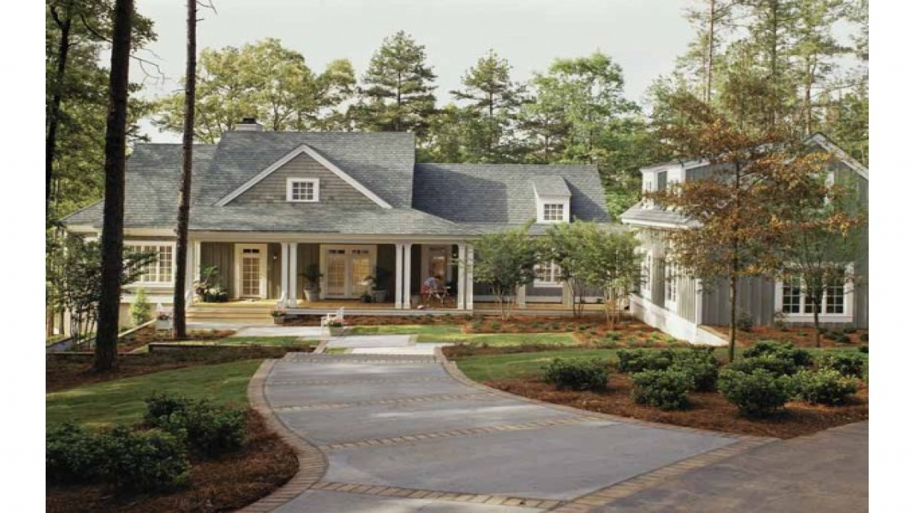 Southern living lake house plans cottage house plans for House plans with guest houses southern living