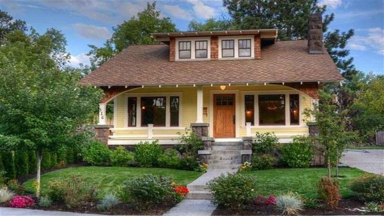 Craftsman bungalow characteristics classic craftsman - What is a bungalow style home ...