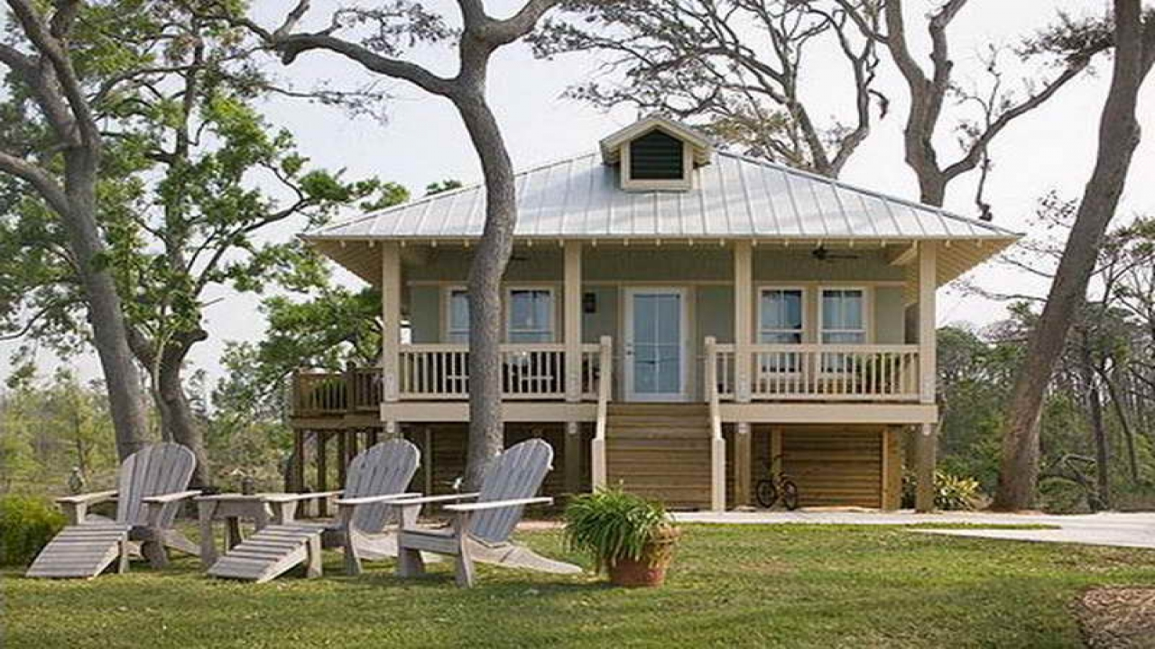 Small florida gulf coast cottages small beach cottage for Coastal home plans