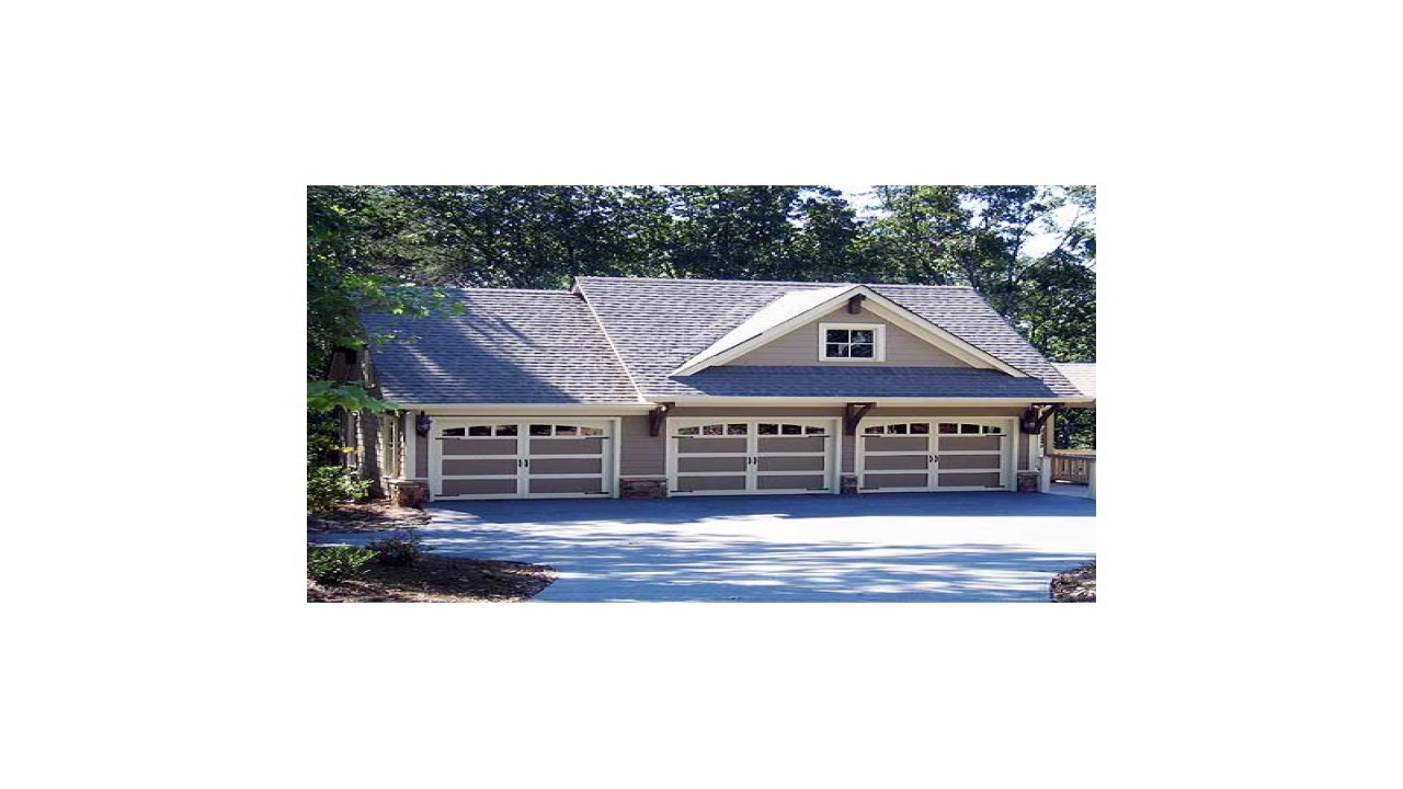 Carriage house plans rustic 3 bay guest house plan for Craftsman carriage house plans