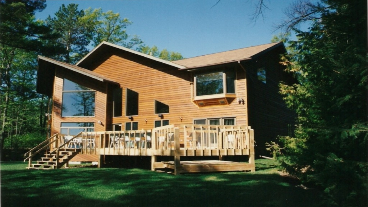 Cozy lake house plans attractive cottage lake house plans for Cozy home designs