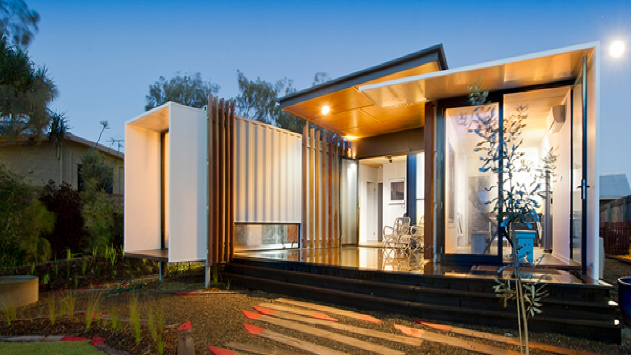 These prefab homes studios and cabanas are constructed from steel shipping containers These recycled clearspan 20 steel box frames are delivered by truck and lifted in place by crane or forklift