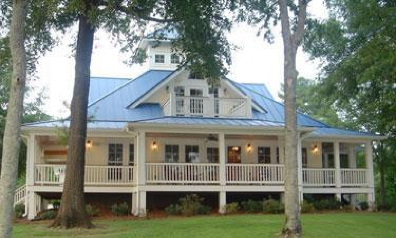 Southern cottage house plans with porches cottage house for Southern homes with porches
