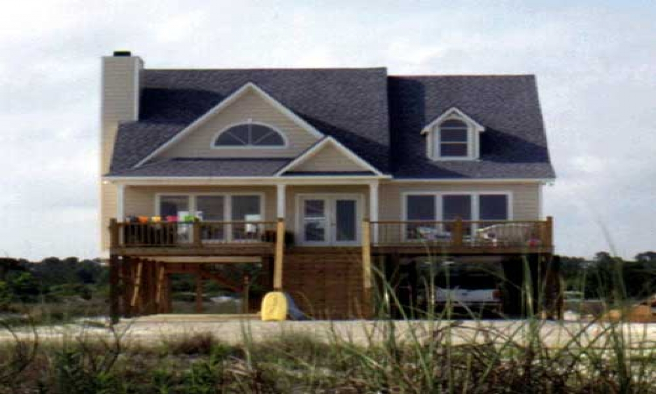 Beach house plans on pilings beach house plans with for Elevated house plans with porches