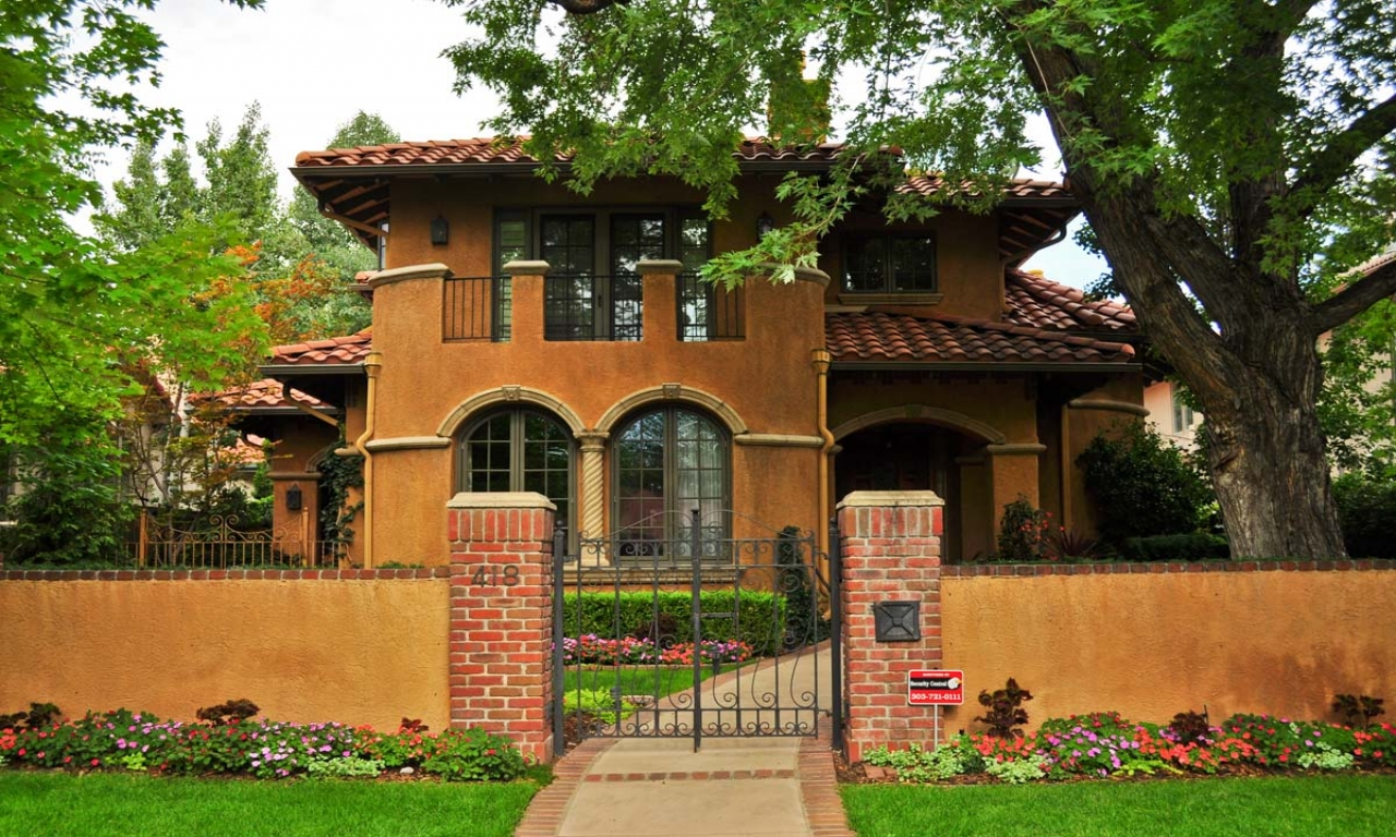 Small spanish style homes metal roof spanish style ranch for Ranch house roof styles