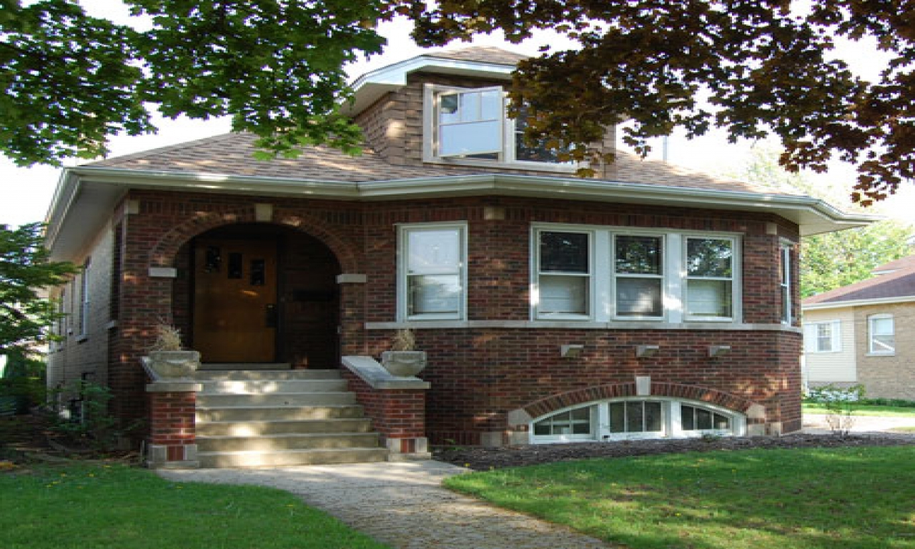 Chicago bungalow style homes chicago style brick bungalow for Brick style homes