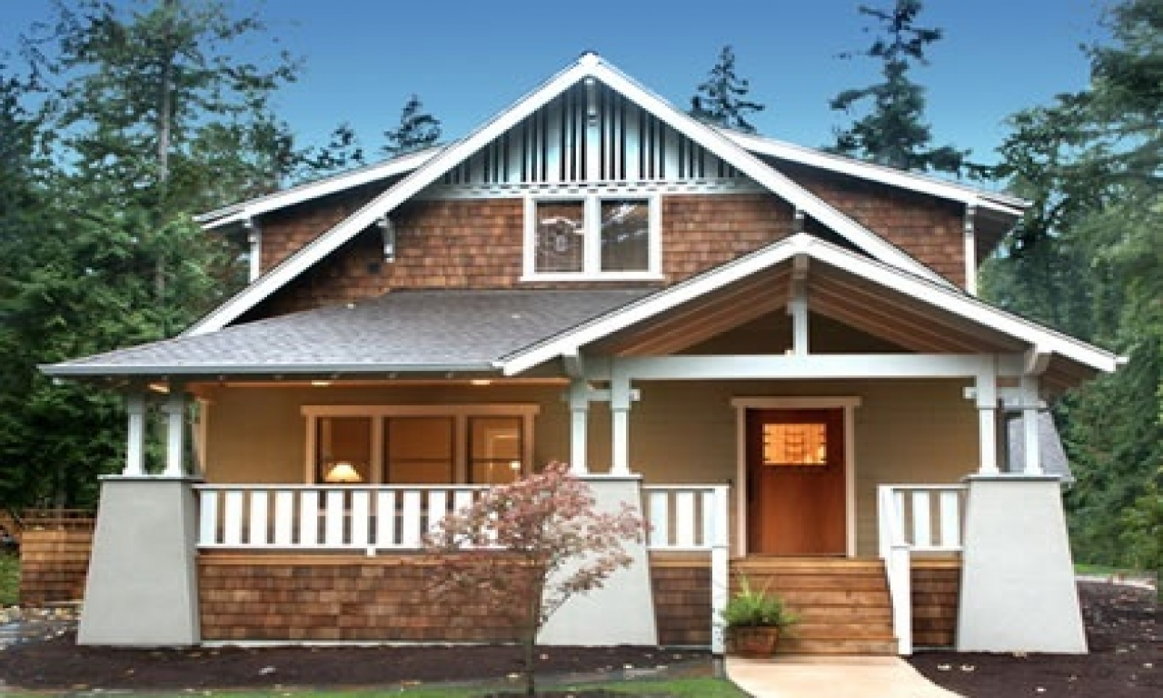 Beautiful bungalow style houses craftsman style bungalow for Mission style bungalow house plans