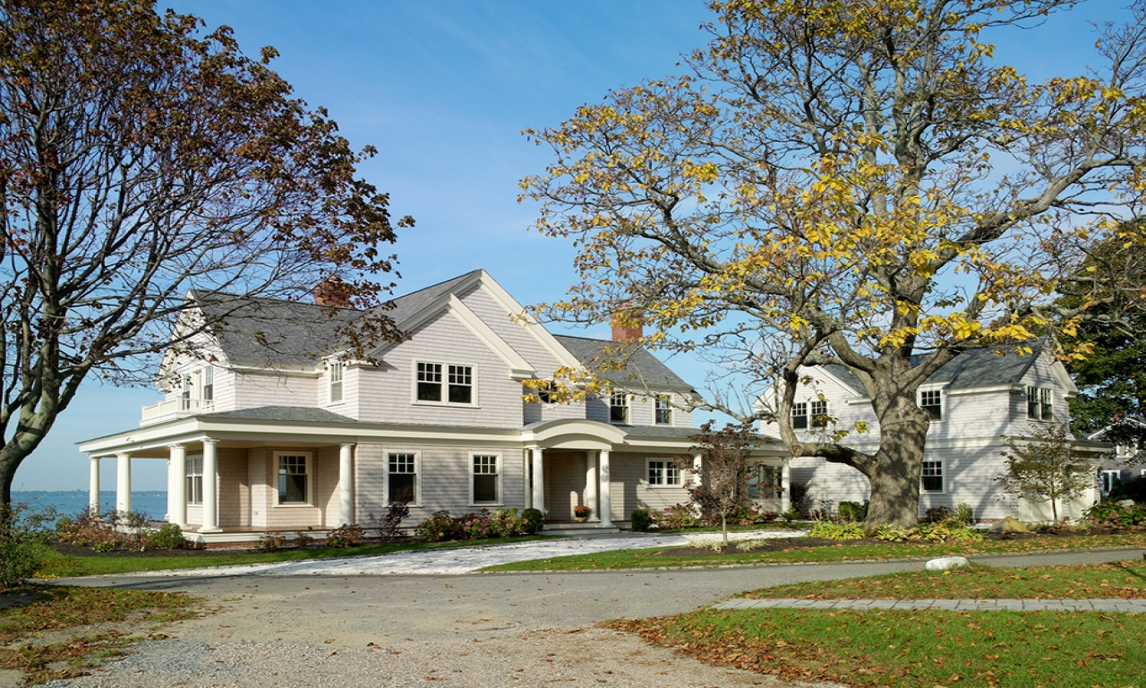 New england waterfront home designs new england oceanfront for New england home design