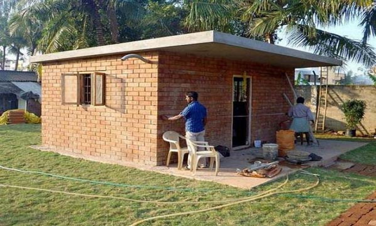 Building your own tiny house build tiny house cheap small for Build your own house california