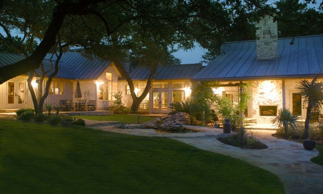 Texas hill country house plans texas hill country ranch for Ranch style home builders