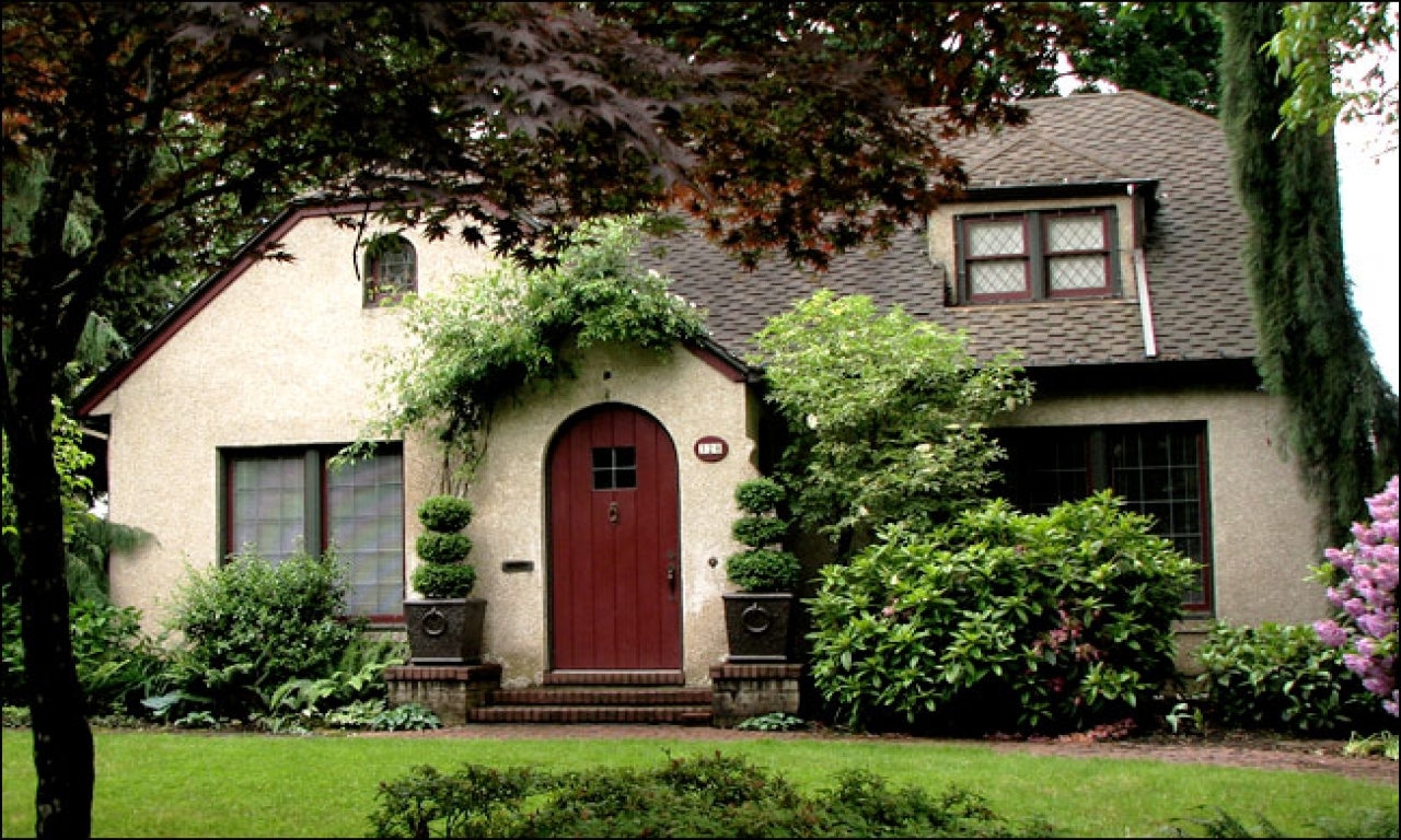 English cottage style homes small cottage style homes - What is a bungalow style home ...