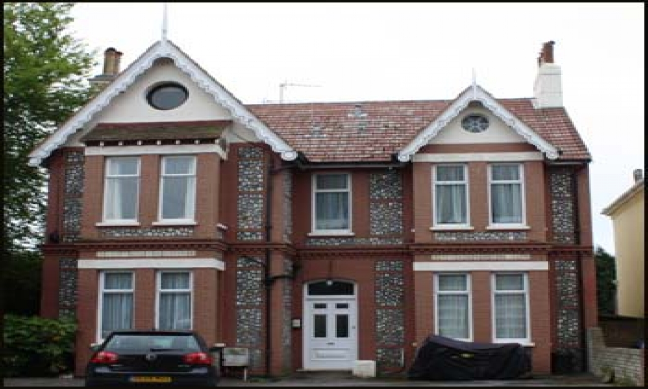 Gothic victorian house victorian house uk victorian house for Victorian house plans uk