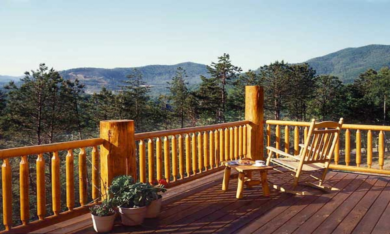 Log Decks And Porches Log Home Deck Mountain Log Home