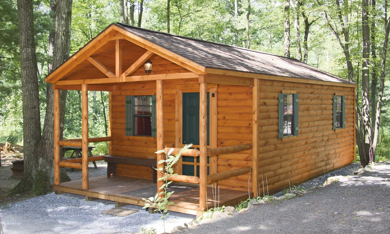 Prefab hunting cabins hunting cabin kits 2 bedroom log for Two room log cabin