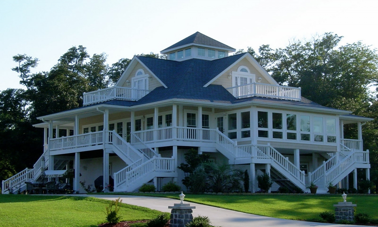 Cottage house plans with wrap around porch beach cottage for Beach house designs with wrap around porch