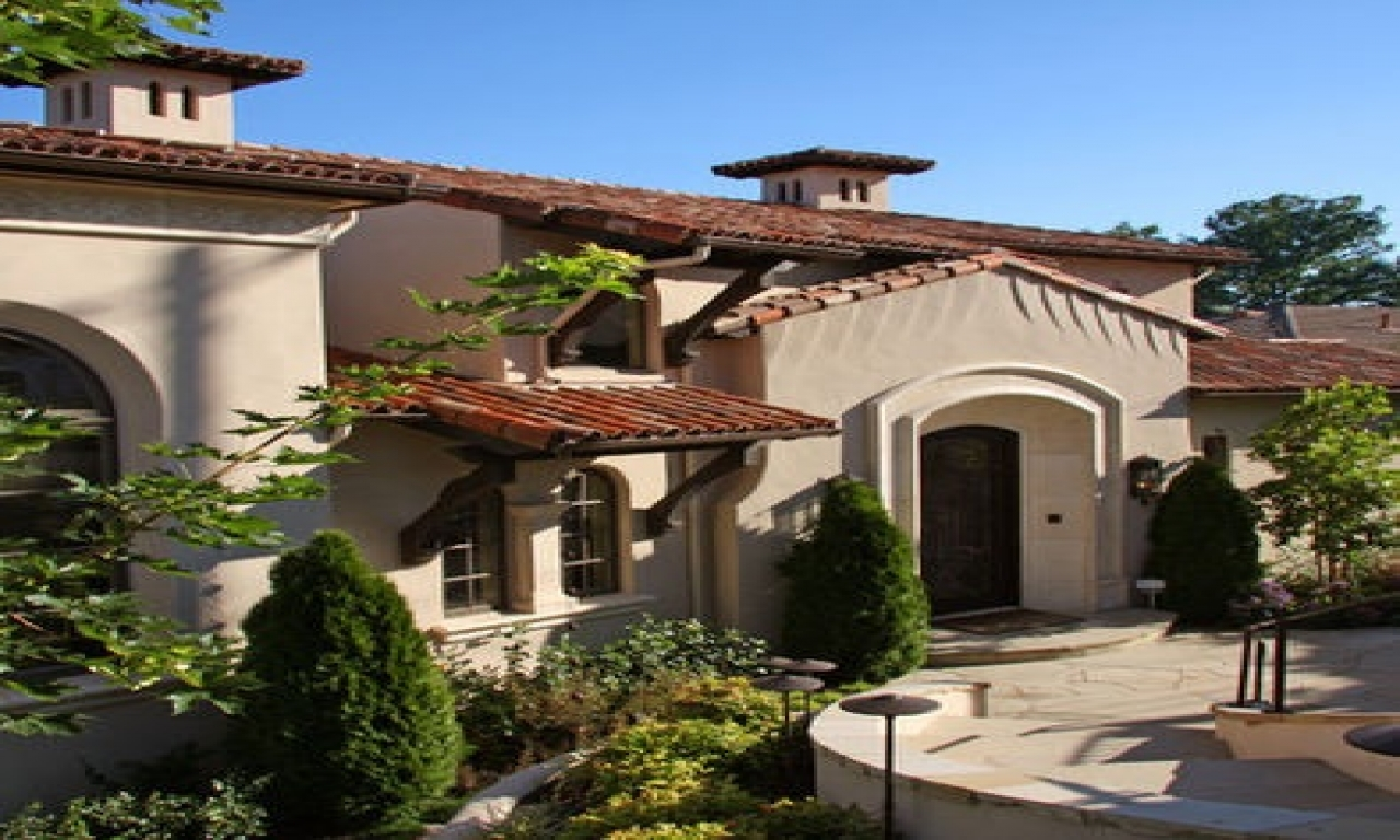 Spanish mediterranean style homes with awnings spanish for Spanish mediterranean home decor