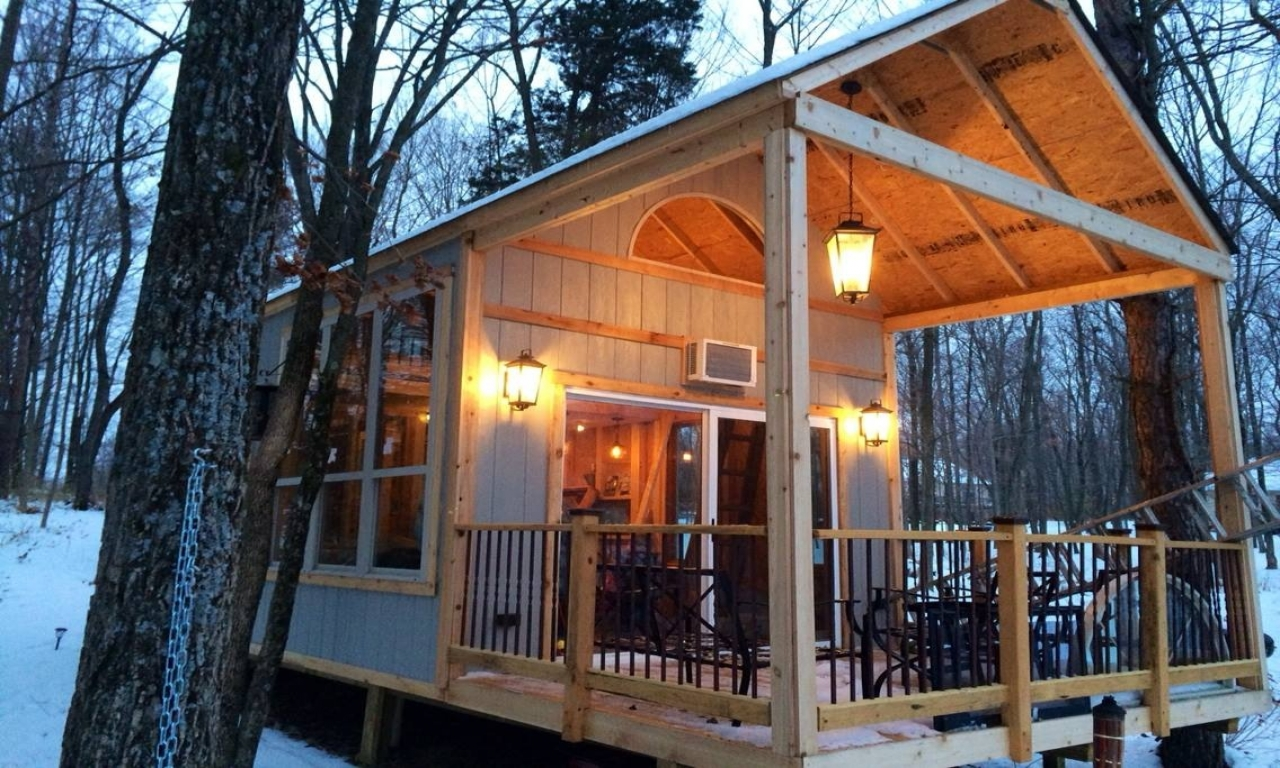 Do It Yourself Home Design: Off The Grid Cabin Tiny House Plans Homesteading And Off-Grid Living, Lakeside Cabin Plans