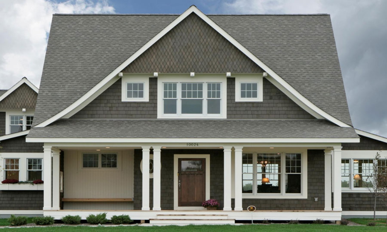 Cape cod house front door styles cape cod houses with for Front doors for cape cod style homes