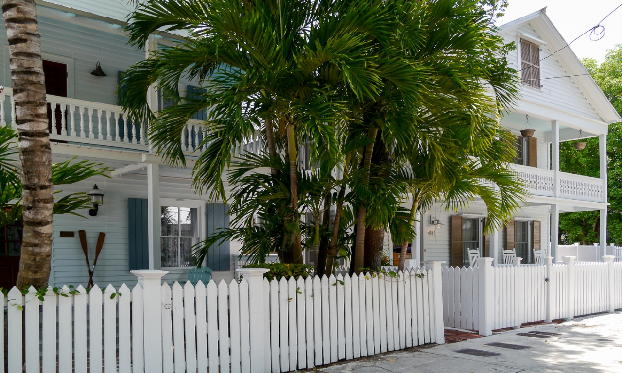 Key west style key west exterior colors key west style for Key west architecture style